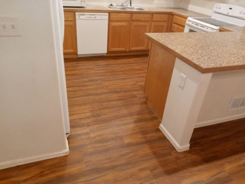 Auburn-Oak-Water-Proof-Luxury-Vinyl-Plank-Fort-Collins-14