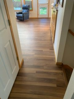 Ginger-Oak-Waterproof-Luxury-Vinyl-Plank-Fort-Collins-02