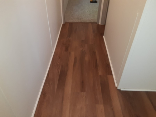 Ginger-Oak-Waterproof-Luxury-Vinyl-Plank-Fort-Collins-06