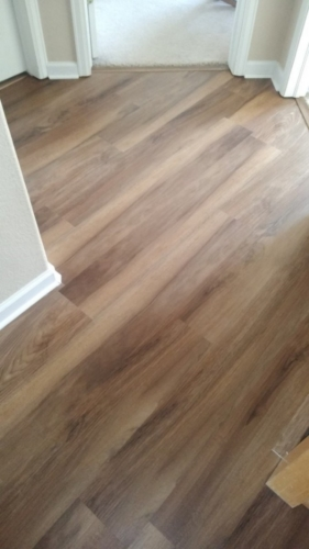 Ginger-Oak-Waterproof-Luxury-Vinyl-Plank-Fort-Collins-09