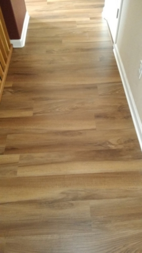 Ginger-Oak-Waterproof-Luxury-Vinyl-Plank-Fort-Collins-10