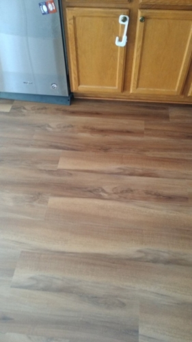 Ginger-Oak-Waterproof-Luxury-Vinyl-Plank-Fort-Collins-11