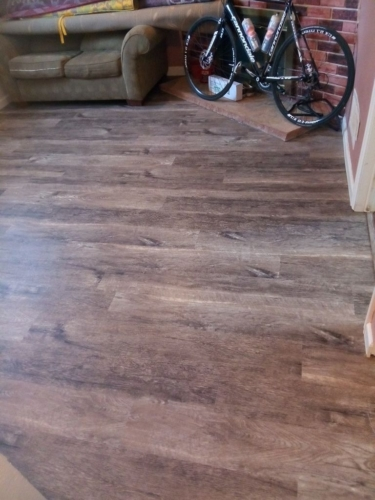 Smokey-Oak-Waterproof--Luxury-Vinyl-Plank-Fort-Collins-05